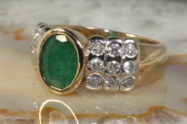 Smaragd Ring mit Brillanten Gold 585