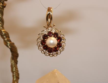Varioanhänger Gold 375 mit Perle und Granate