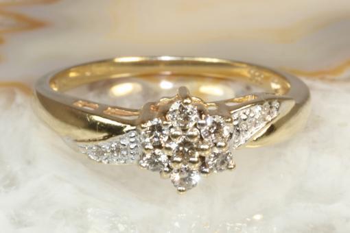 Ring Gold 585 mit 11 Brillanten