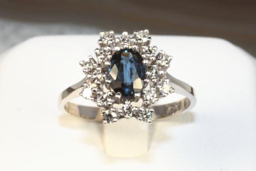 Saphir Ring Diamanten Weißgold 585
