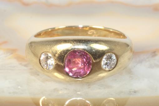 Rubin Ring Brillanten Gelbgold 585