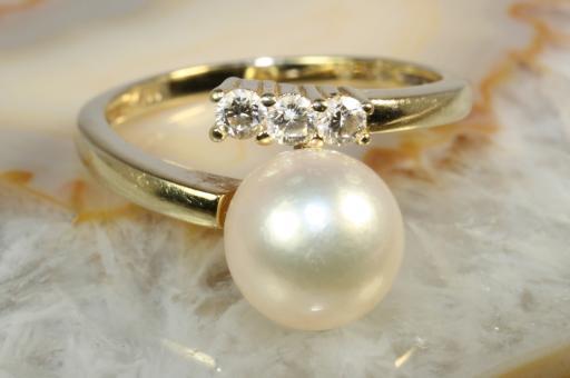 Croise Ring Perle Brillanten Gold 585