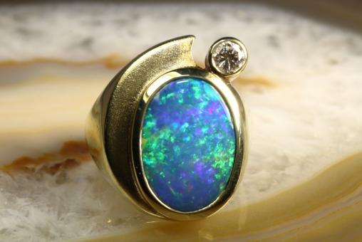 Opal Ring Triplette Brillant Gold 585