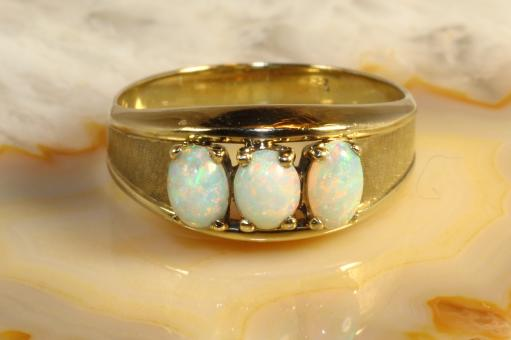 Opalring Gold 333