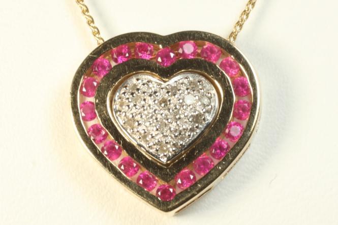 Rubin Anhänger m. Diamanten & Kette Gold 585