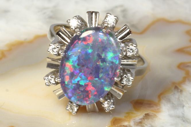 ring wei gold 585 opal triplette brillanten second hand schmuck. Black Bedroom Furniture Sets. Home Design Ideas