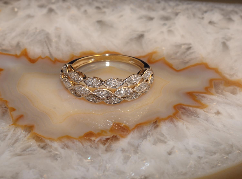 goldring 585 mit 38 diamanten second hand schmuck. Black Bedroom Furniture Sets. Home Design Ideas