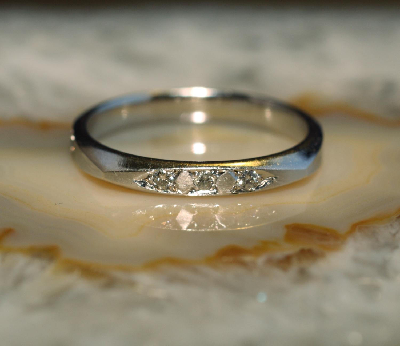 ring wei gold 585 mit 5 brillanten second hand schmuck. Black Bedroom Furniture Sets. Home Design Ideas