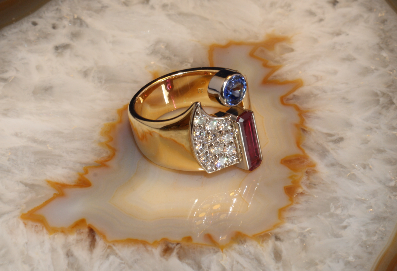 rubin ring mit saphir und brillanten gold 750 second hand schmuck. Black Bedroom Furniture Sets. Home Design Ideas