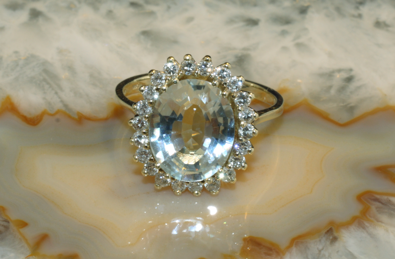 aquamarin ring mit brillanten gold 585 second hand schmuck. Black Bedroom Furniture Sets. Home Design Ideas