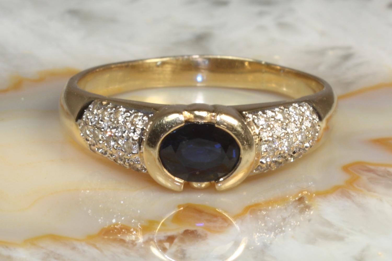 saphir ring mit brillanten gold 585 second hand schmuck. Black Bedroom Furniture Sets. Home Design Ideas